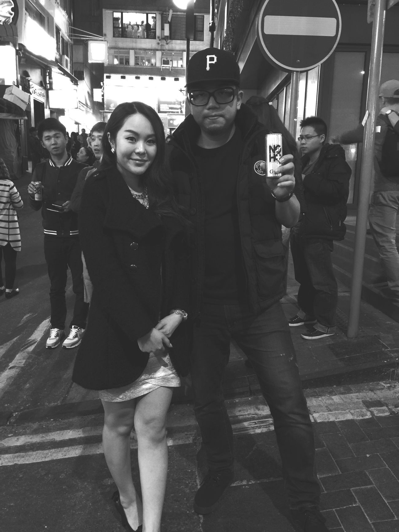 People Watching In Lan Kwai Fong In HK Have Fun I Love Hong Kong Taking Photo Its Me Lan Kwai Fong Have A Drink Have A Nice Day♥ Beautiful Girl