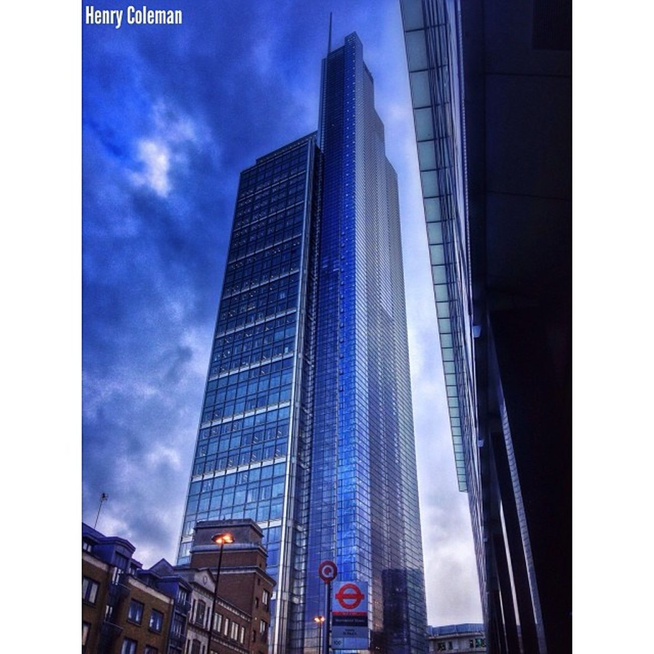 Tower 42 part of my 5shotchallenge 2/5 Udog_peopleandplaces Udog_sky Lovelondon London London_only Londonpop London_only_members Igerslondon Ig_london Ig_england Ig_europe Guesstination Streetshot_london Internationalgrammers Rising_masters Icu_britain Streetshot_london