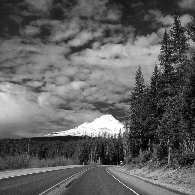 Mt. Hood Mountain MtHood HOODLIFE Hoodriver Livelife Lovelife Blackandwhite Roadtrip Roadporn Itsamazingoutthere