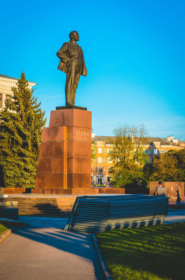Architecture Blue City City Clear Sky History Memorial Memories Monument Pedestal Pskov Russia Sculpture Statue Tree
