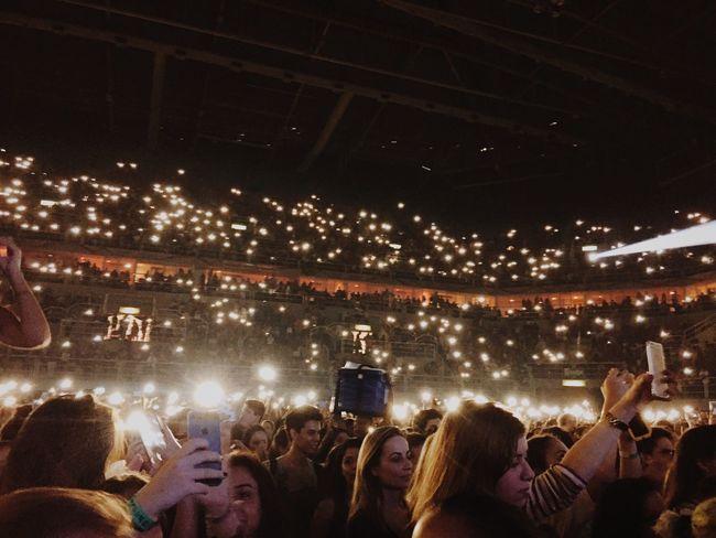 Crowd Show Concert Lights Hsbcarena Edsheeranconcert
