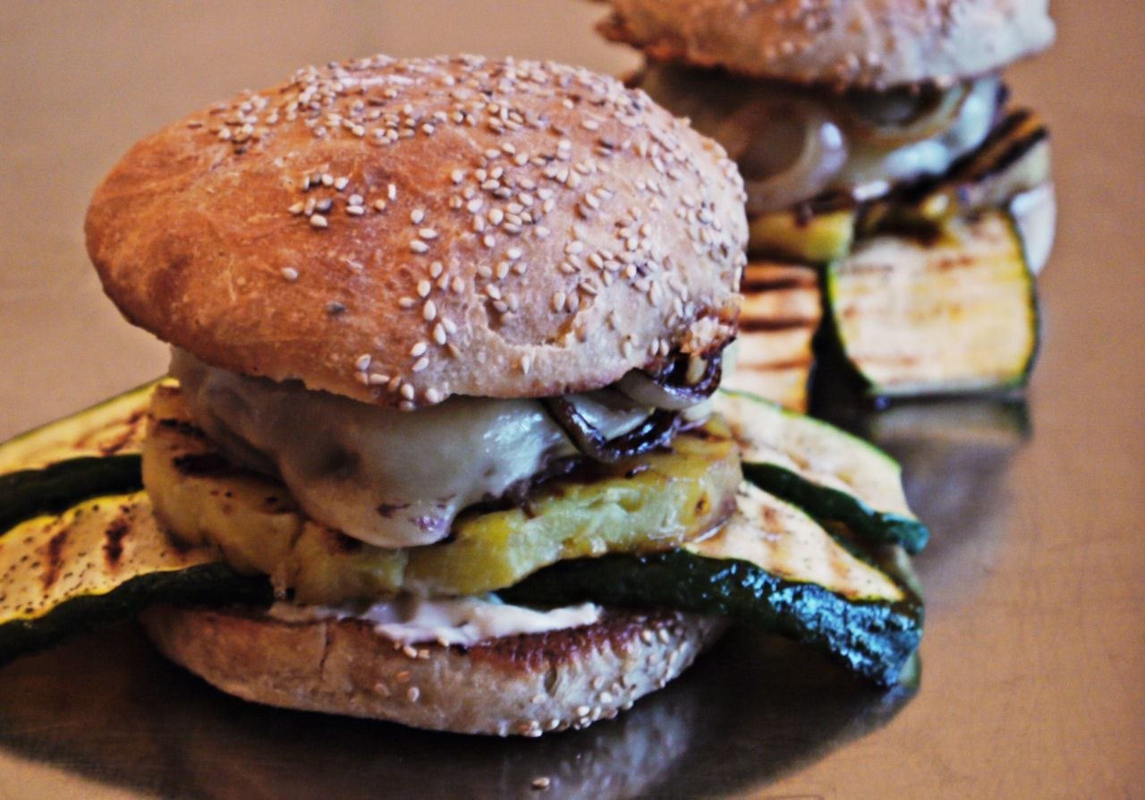 Ananas Bread Bun Burger Cheese Burger Close-up Day Food Food And Drink Foodporn Freshness Grilled Fruits Grilled Vegetables Hamburger Handmade By Me Indoors  Meal Meat No People Ready-to-eat Seed Sesame Sesame Seed Take Out Food Zucchini
