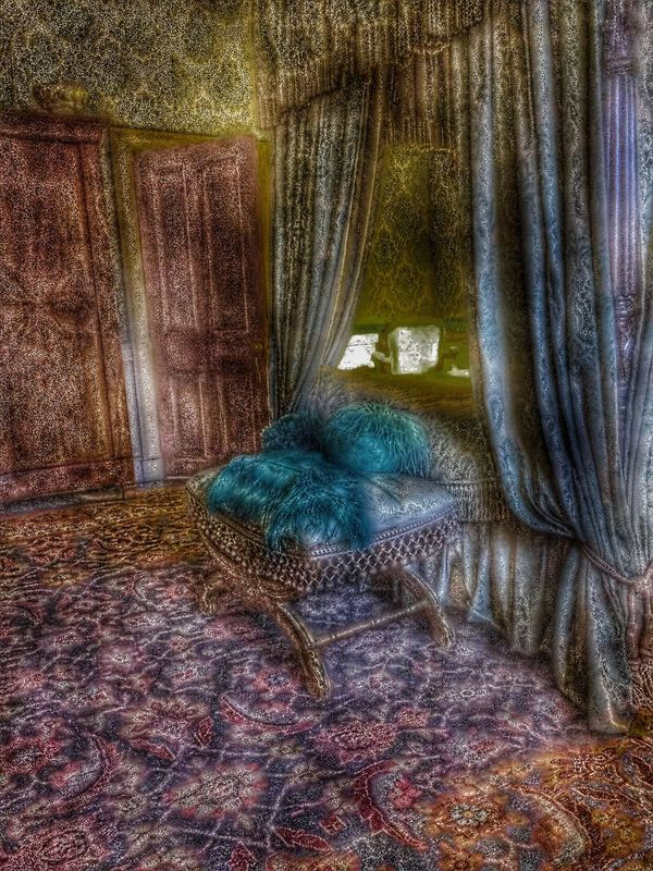 Haunted Haunted House Hauntedmansion Bed Bedroom View  Bedroom Sleeping Sleepy Sleep Sleep Time Hauntedhouse Feathers