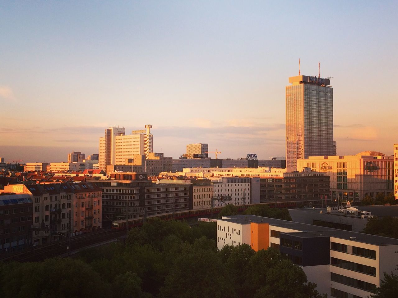 Berlin Rooftop Officeview