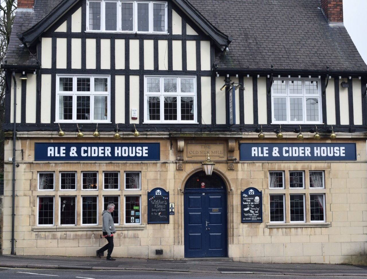 Building Exterior Built Structure Architecture Outdoors Text One Person Day Public House