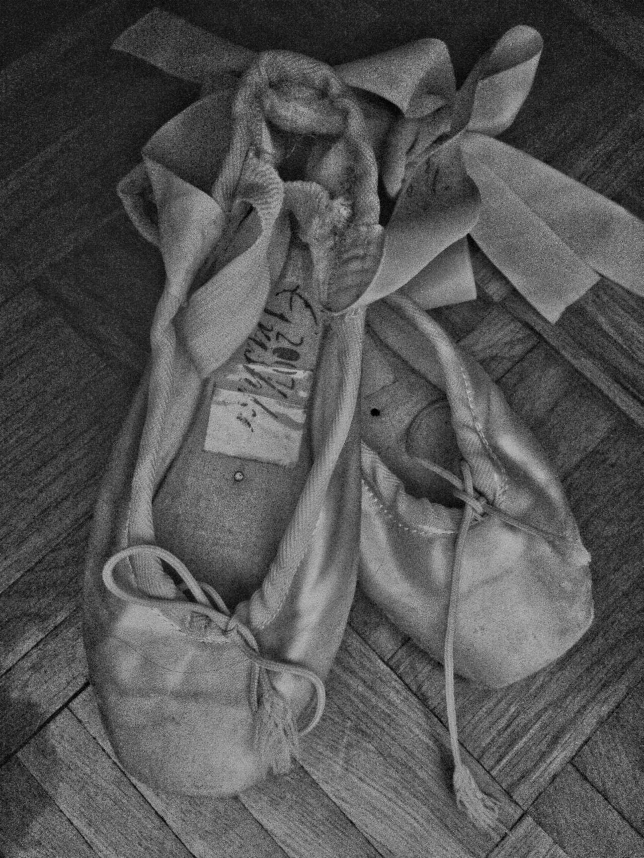 👣💃 High Angle View No People Indoors  Close-up Day Ballet Shoes Ballerina Ballet Dancer Black&white B&w Follow Followforfollow Lieblingsteil Lieblingsteil