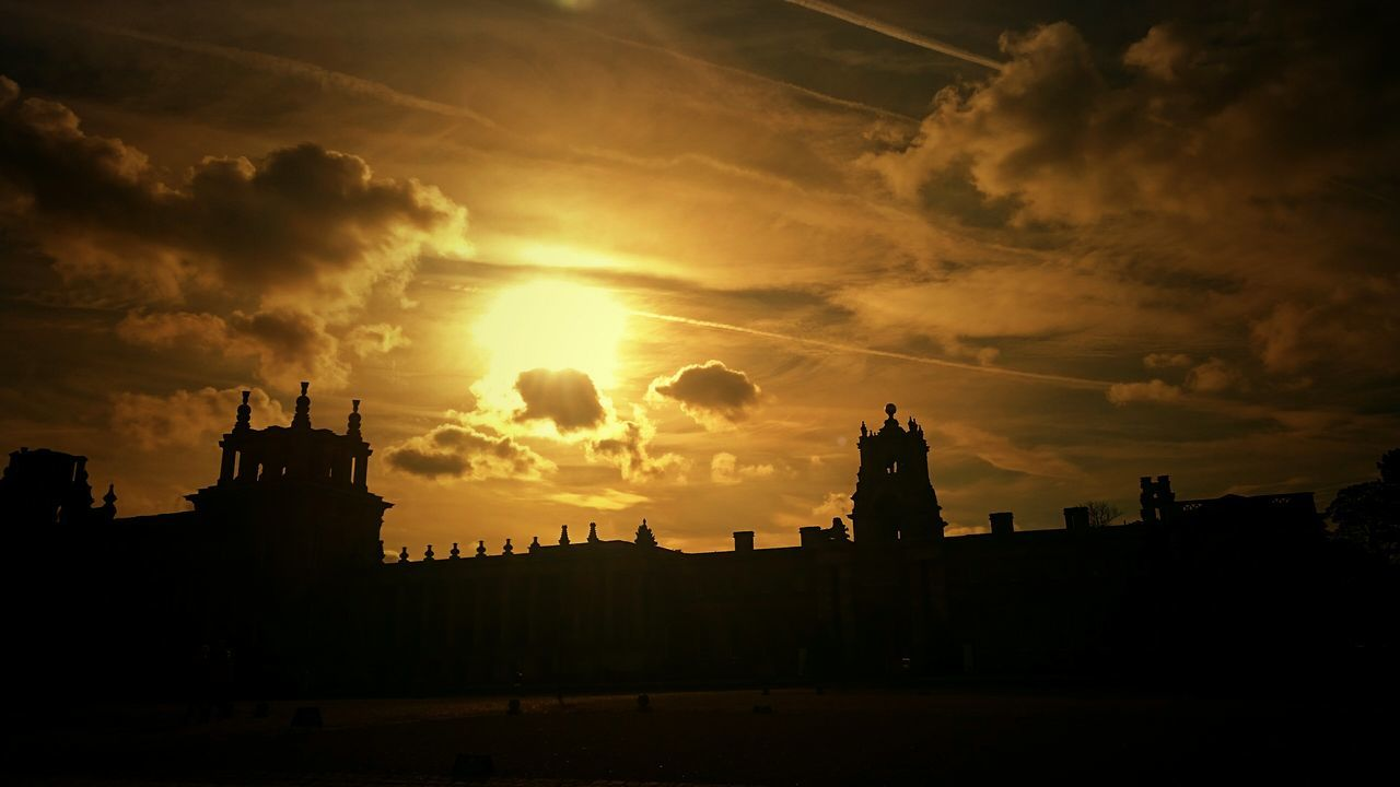 Silhouette Sunset Sky Cloud - Sky Beauty In Nature Outdoors No People Tranquil Scene Blenheimpalace EeyemBestEdits EyeEm Best Shots Sunrise N Sunsets Worldwide