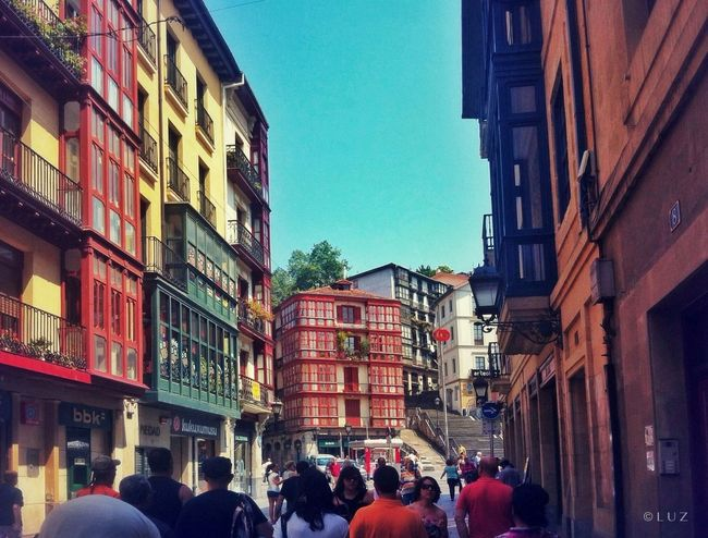 Callejear. Bilbao Streetphotography Street Colors