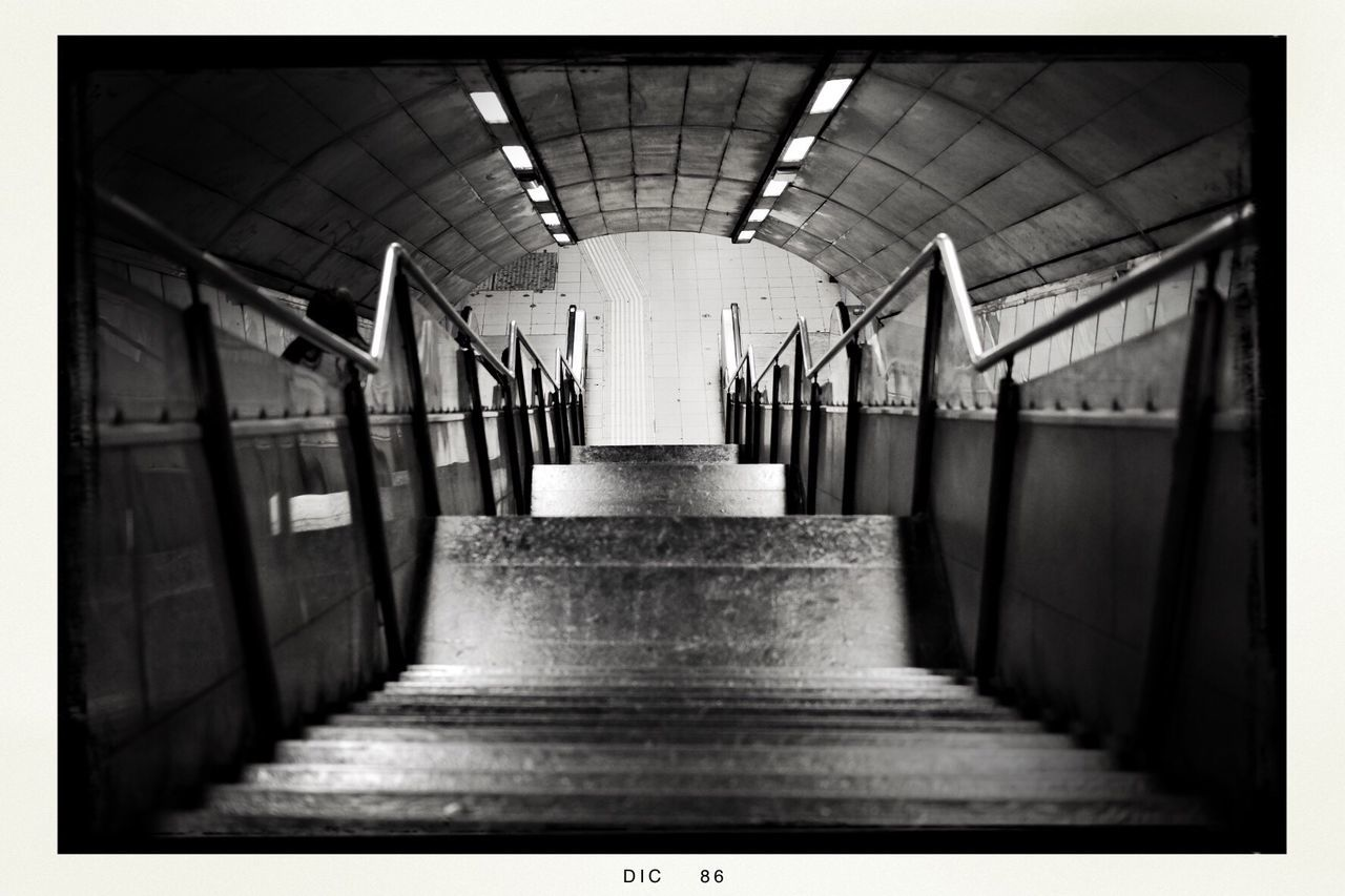 Hipstamatic Blackandwhite No People TheMinimals (less Edit Juxt Photography) Taking Photos Notes From Babylon Shootermag Walking Around Fine Art Photography Black And White Blackandwhite Photography Transportation Mode Of Transport City City Life Subway Station Metro Life Subway Tunnel Subwayphotography