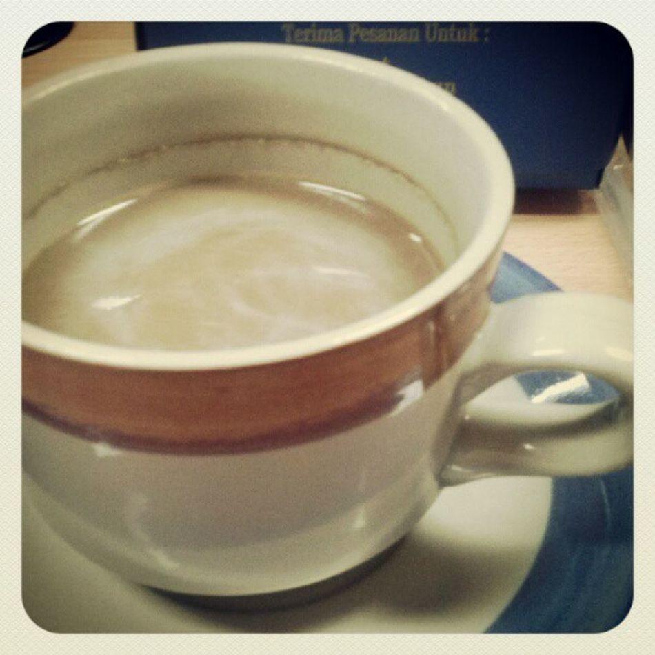 Secangkir semangat Coffe Lunch