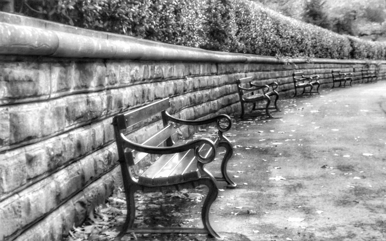 This black and white capture was taken at park near where I live No People Outdoors Malephotographerofthemonth Hdr_captures Fujifilm Black And White Collection! Landscape Photography Black And White Photography Monochrome Photograhy Monochrome Photography MonochromePhotography Black And White Collection  Portrait_shots Benchporn Bench View BenchSeriesBench Art Bench Black And White Portrait Black & White Photography