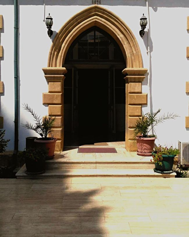 Architecture Potted Plant Built Structure Building Exterior Door Entrance Steps Arch Flooring Plant Archway Entry Leading Façade Old Buildings Photography Workplace Old Town Oldnicosia
