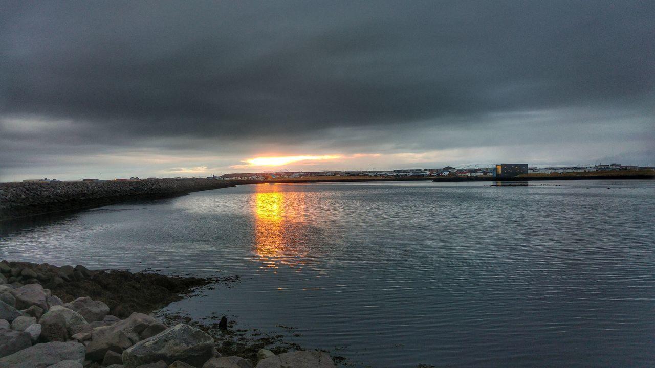 Reflection Dramatic Sky Sea Nature Beach Morning Light Njarðvik Iceland Mobilephotography