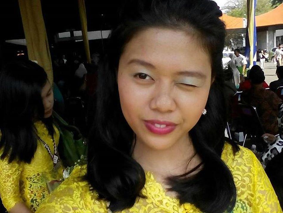 Yellow? I think it's nice Yellow Girl Happy Likeforlike Like4like Likes Indonesiangirl Love Muach Haha LOL Lol :) Kiss Kissyouallover KissMe