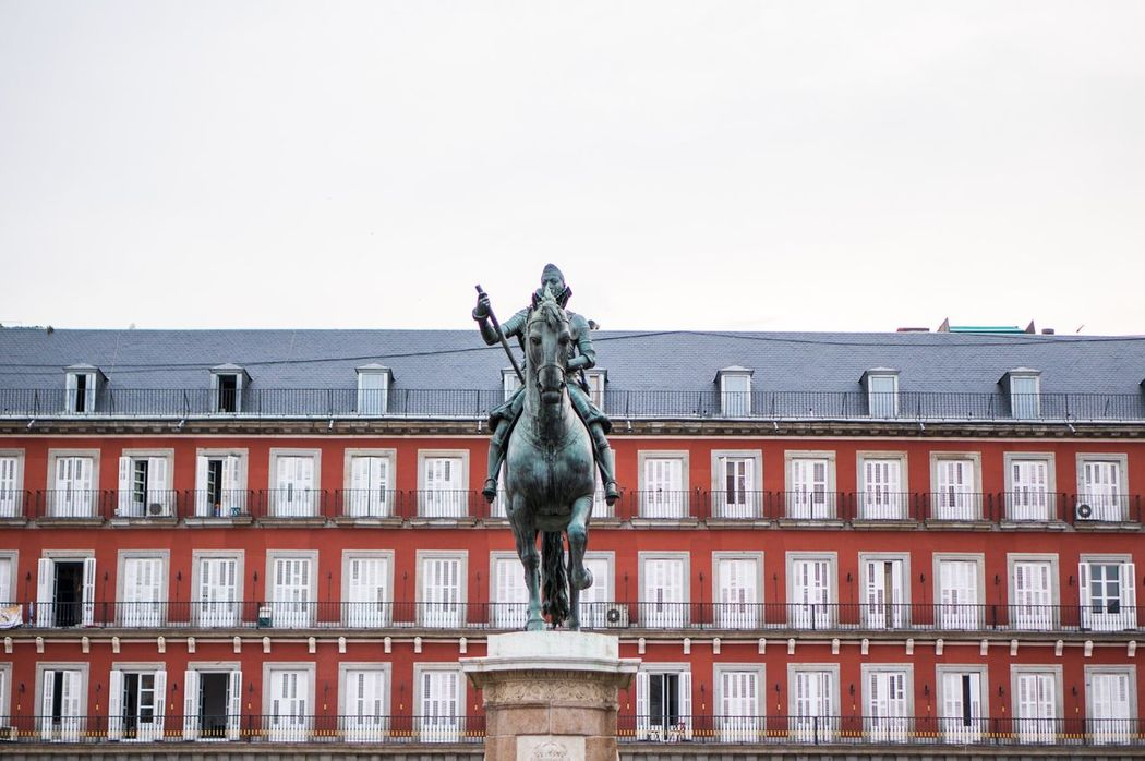 Madrid Statue Façade Architecture_collection Architecture SPAIN España Red Plazamayor