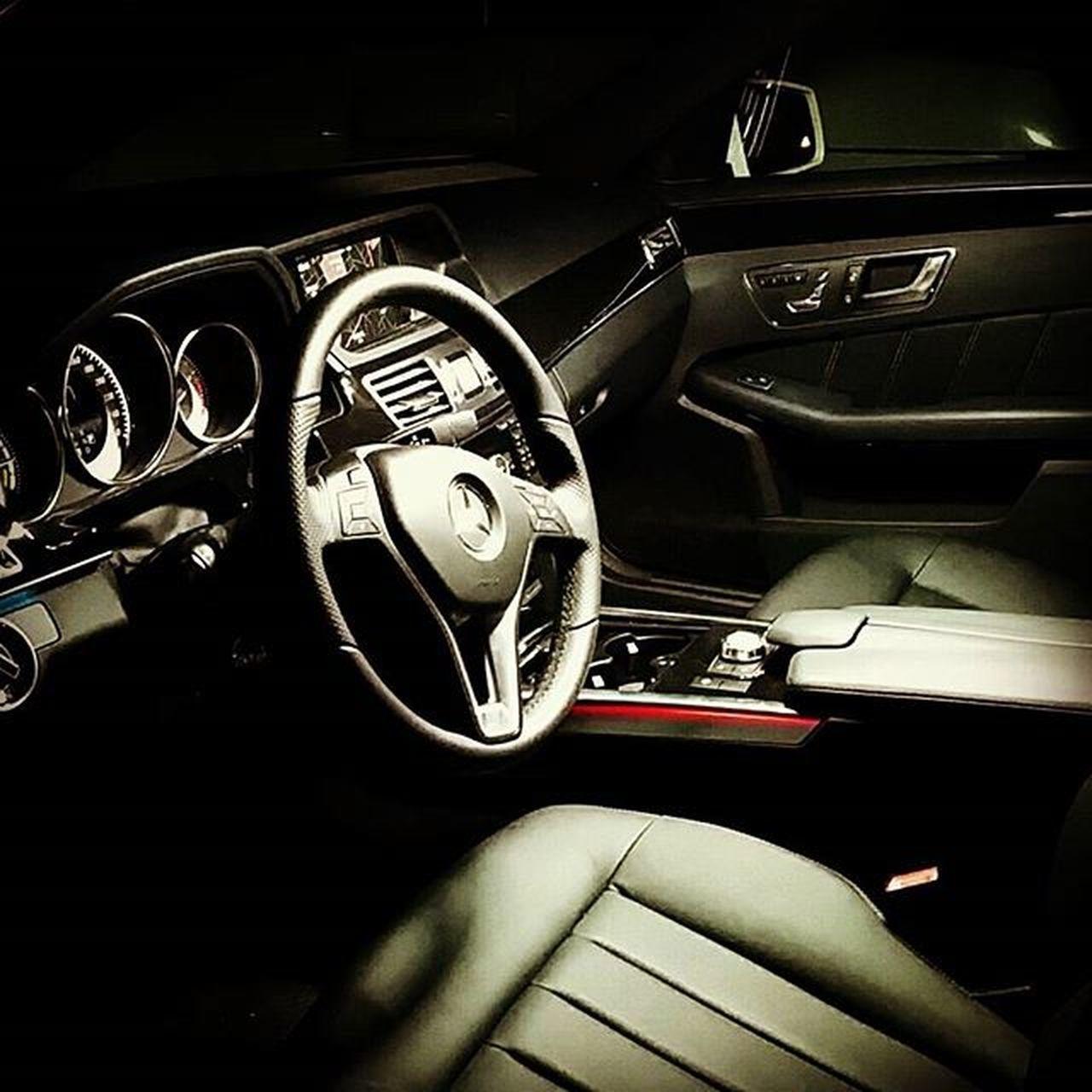 縦目 から歴代 E は乗ってきたけど、この子も素敵 。しかし高い 。 Benz Mercedes Mercedesbenz ThreePointedStar 陸海空 おべんべん ベンツ Hybrid ハイブリッド Hideoutinc .Hideoutworks Hideout_inc .Highlife