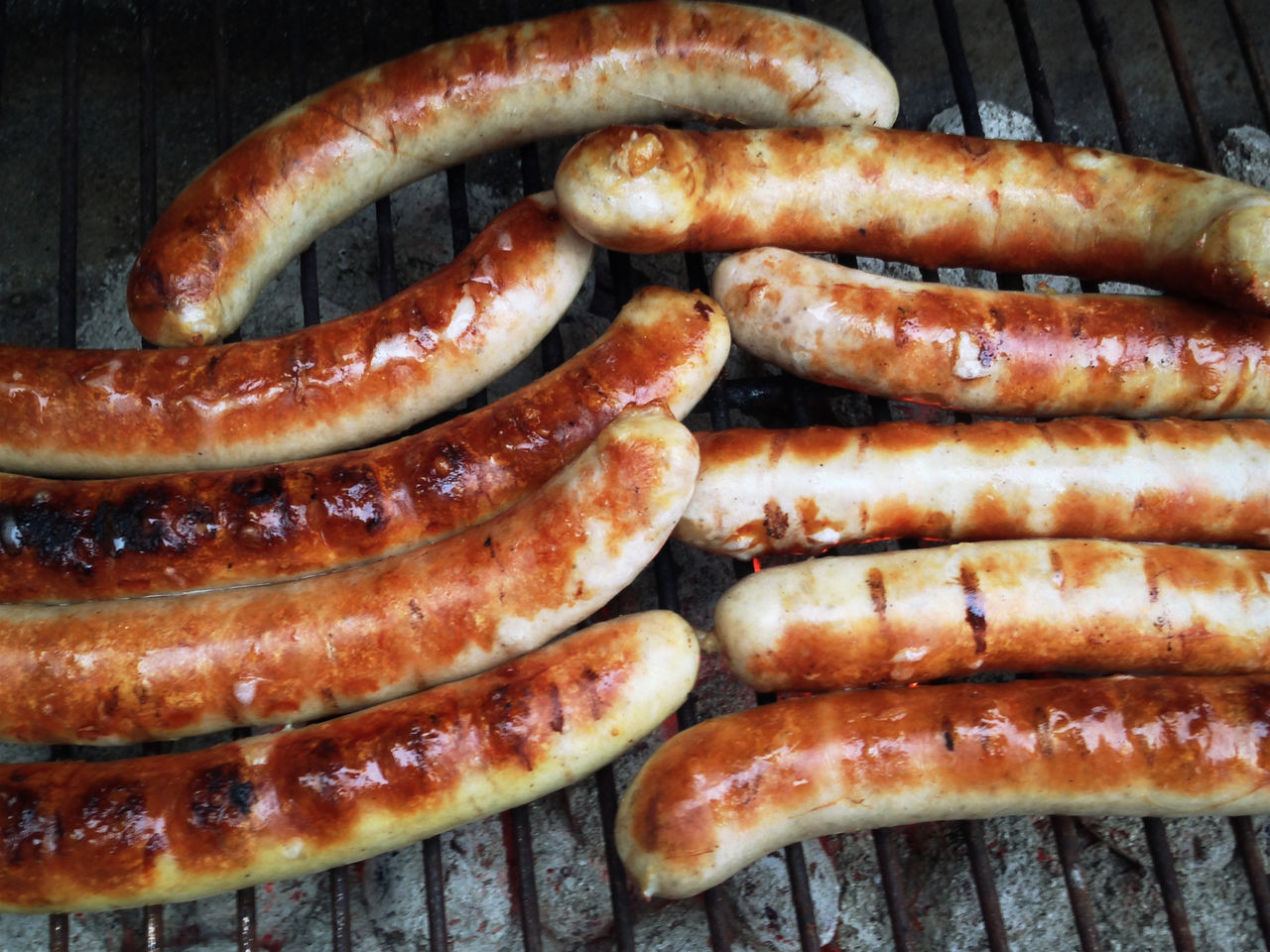 Just now - Grillen im Schnee - Thüringer Bratwurst geht immer ? Germany My Fuckin Berlin Berlin Tadaa Community Hello World Thüringer Bratwurst EyeEm Bestsellers
