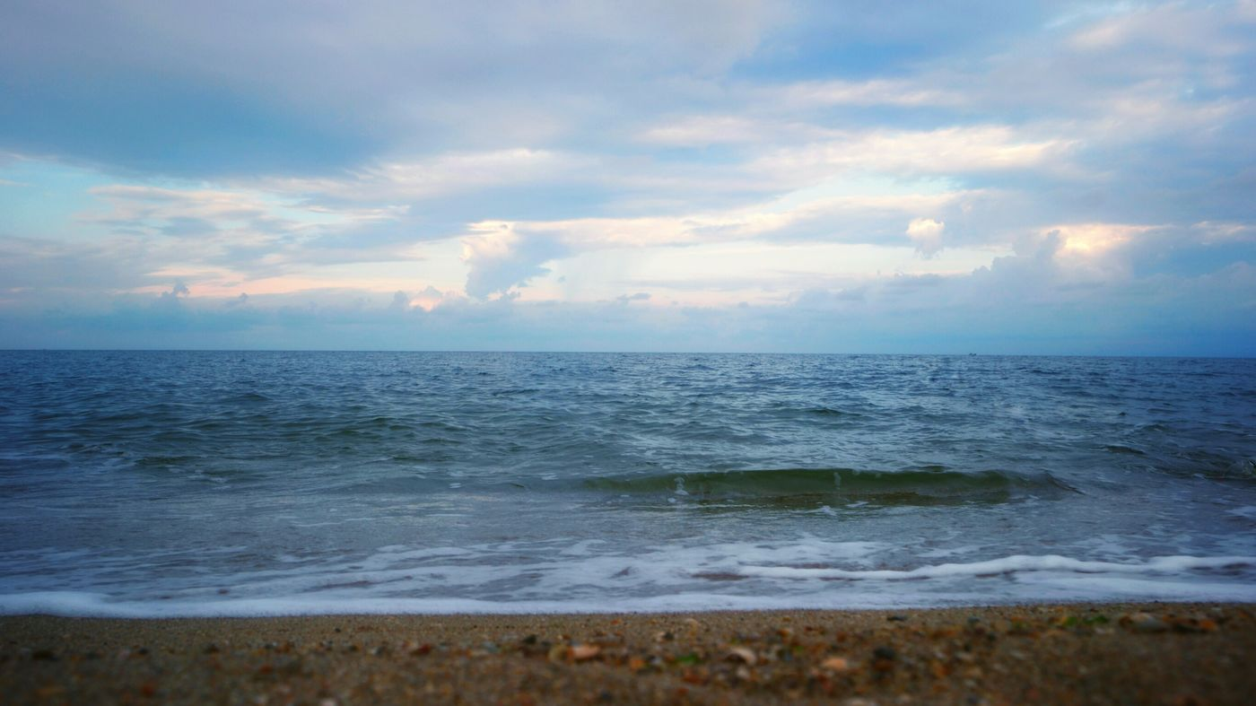 Sea Horizon Over Water Beauty In Nature Cloud - Sky Water Scenics Outdoors Tranquility Nature Tranquil Scene Travel Destinations Beach No People Day Sky Evening Sky Evening Light Beauty In Nature Sunset And Clouds  Sunset_collection Sea View Seascape Seaside Sand Nature