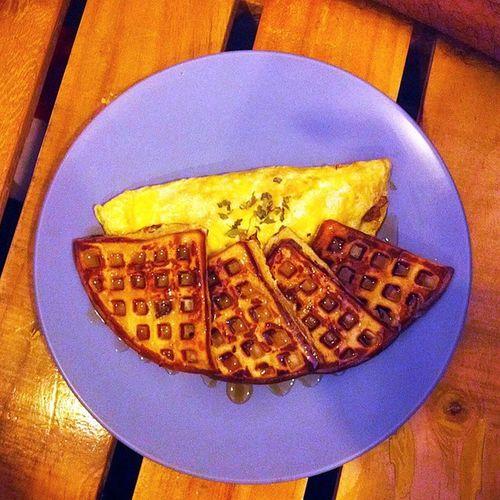 """THE BEEFLES"" instead of The Beatles. @wengskhalifa 🍴 🐒 Chefpauls Alldaywaffles Waffles Merienda foodie foodporn foodtrip foodamology vsco vscocam vscoph vscobeau food"