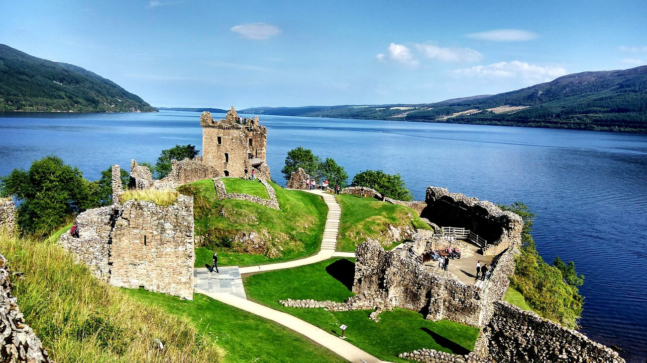 Memories Of Summer Memoriesneverdie Water Lake Beauty In Nature England 🇬🇧 Scotland Loch Ness UrquhartCastle Tripwithfriends HDR Xiaomiphotograph