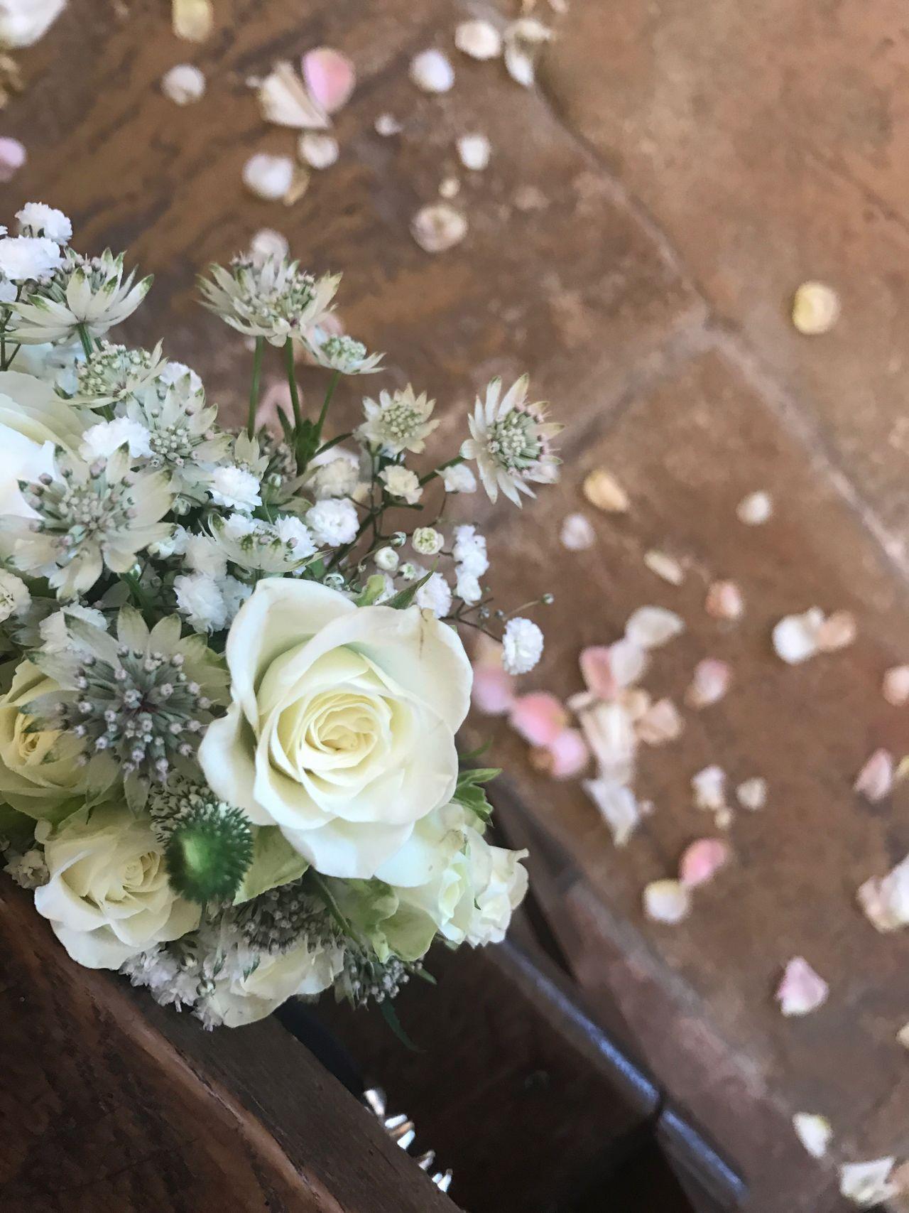 Wedding time of a friend Wedding Burgundy Flowers 😚 Love Friends