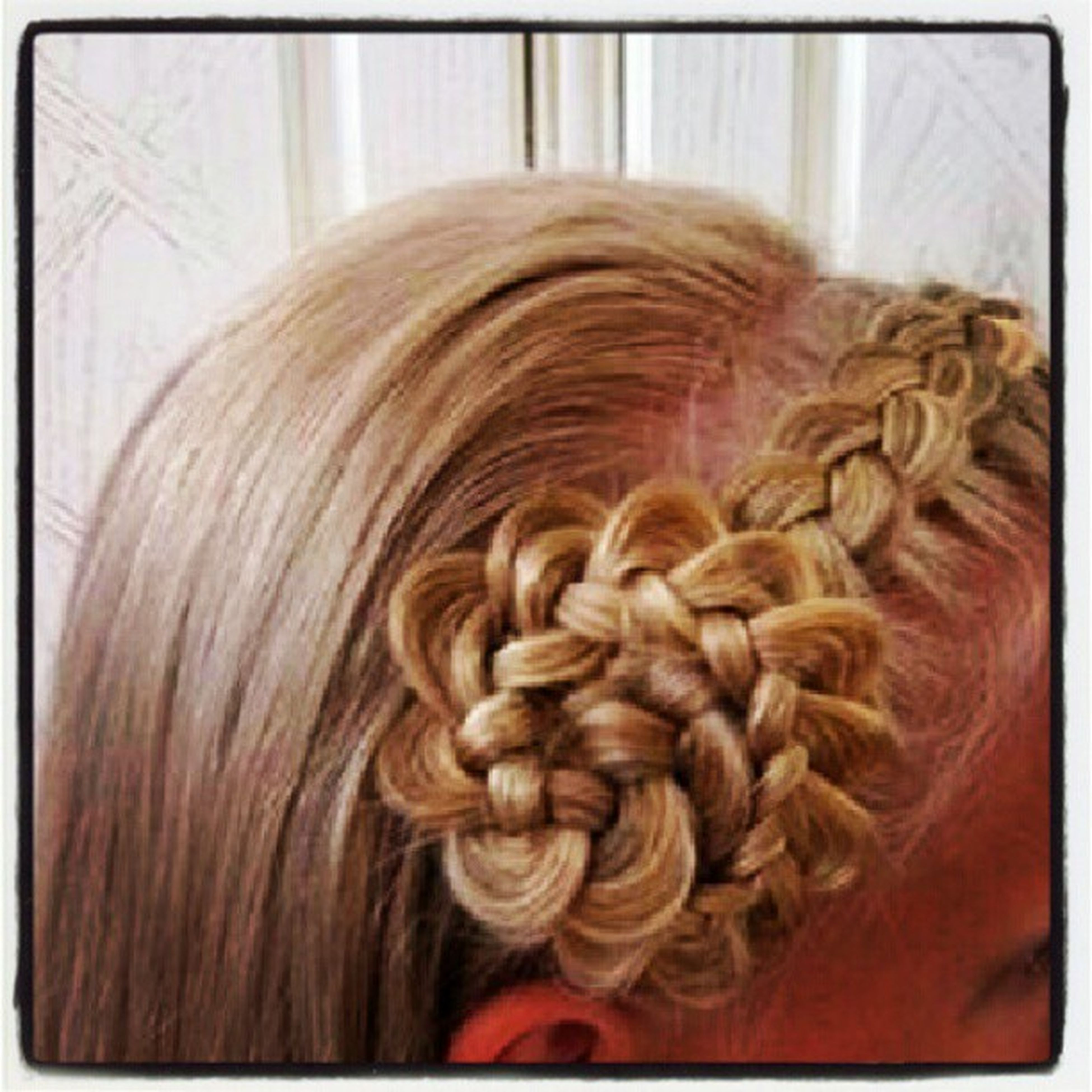 Wish I was this talented Beautiful Talent CanSomeoneDoThisForMe AmazingHair