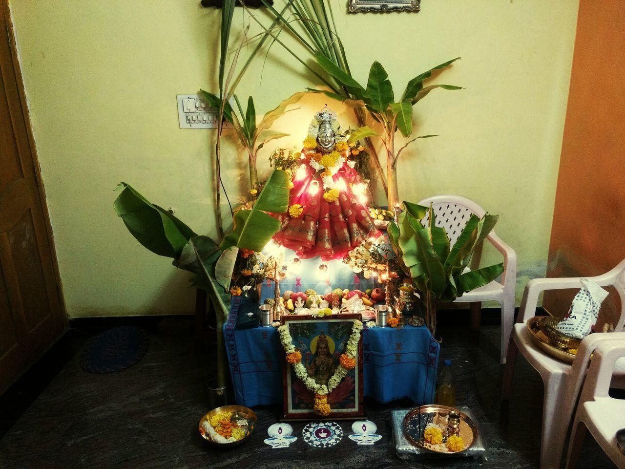 Indoors  No People Neon Lights Smartphone Photography Diwali Celebrations Moto G4 Plus Multi Colored Diwali💟🎇🎆🌌 Lord Lakshmi Lakshmipoojan Indoors  Banana Leaves Sugarcane Light Decorations Urban 1 Filter Low Light Photography