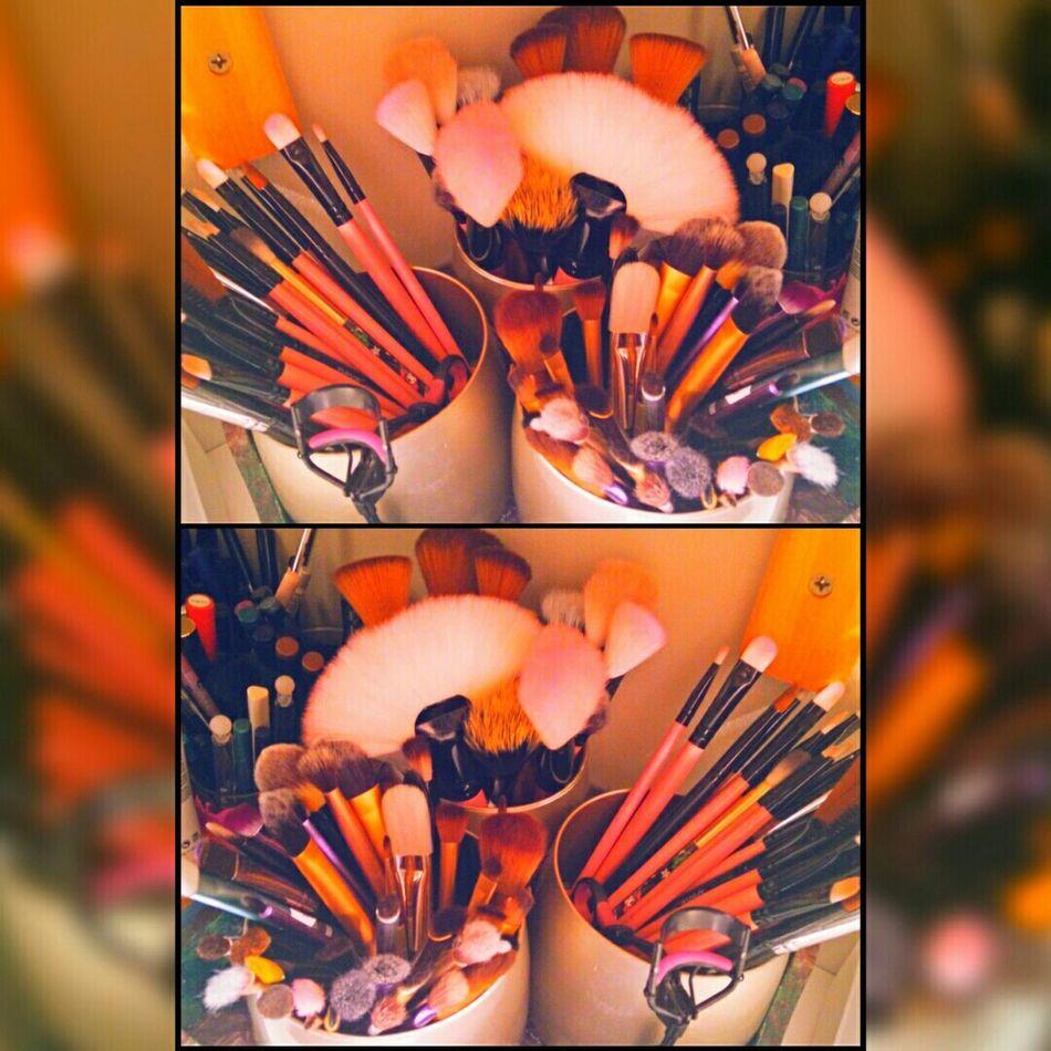 Orange By Motorola Brushes Tools Makeuptool Accesories Oneplusone Beauty The Fashionist - 2015 EyeEm Awards