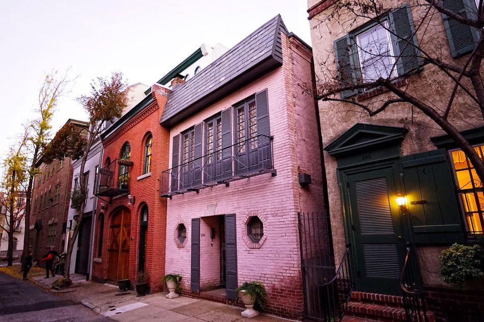 Philadelphia's Charming Neighborhoods- Vanpelt Street, A Mew Architecture Built Structure City Street Philadelphia Historic Colonial Mew Carriagehouse Cityscape Urbanlandscape Philly