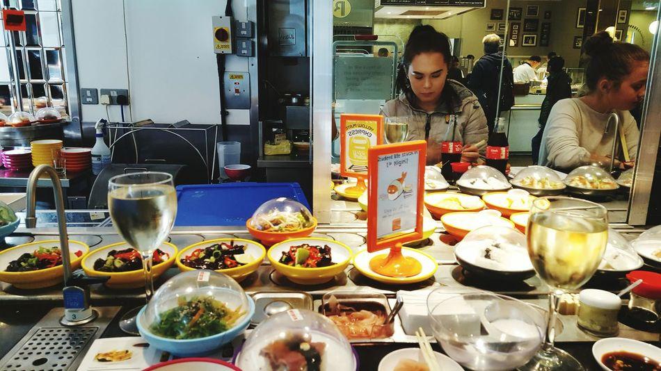 London Lifestyle Yo Sushi Oxfordstreet ShareTheMeal Adapted To The City