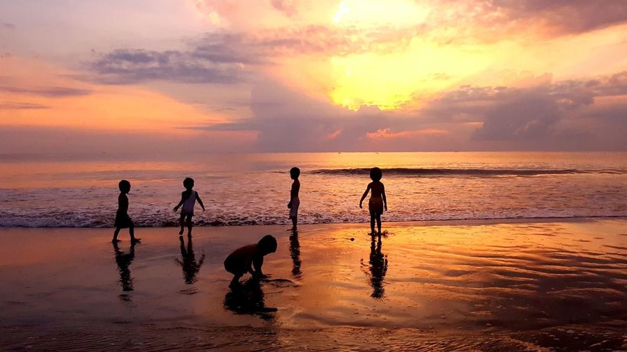 Sunset Silhouette Beach Kids Playing Kids Having Fun Beach Kids Silhouettes Silouette & Sky Silhouette_collection Silhouettes Of People EyeEmNewHere