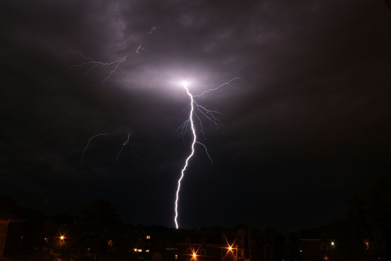 Beautiful stock photos of lightning, Beauty In Nature, City, Dramatic Sky, Extreme Weather