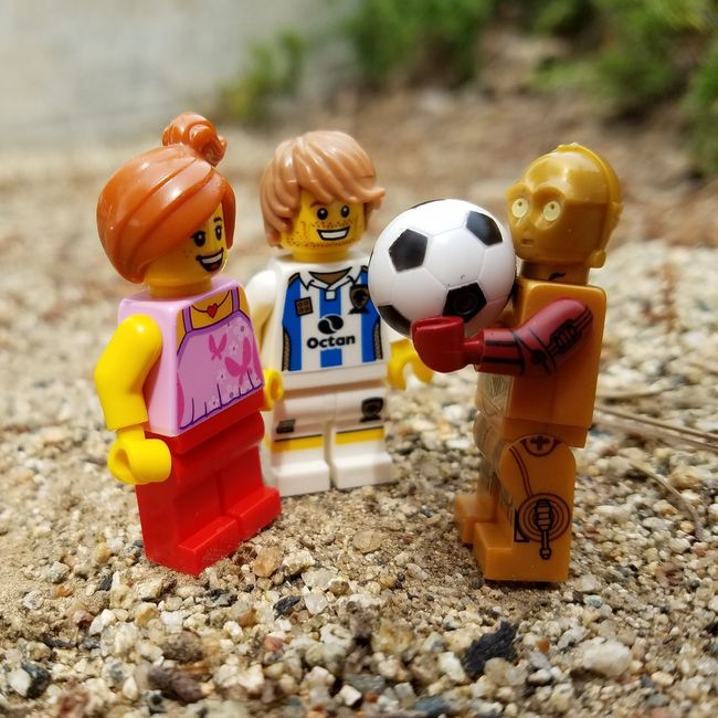 May 4-Ball Minifigures Fmsphotoaday LEGO Starwars Futbol Threepio