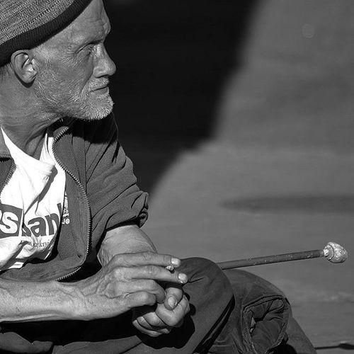 Blindhomelessman Blind Homeless Bw Blackandwhite Thestruggle  Struggle