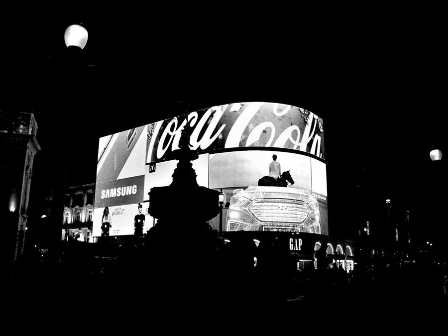 Advertisement Arts Culture And Entertainment Bilboards Black And White Blackandwhite City City Center City Lights Crossroads Fountain Light Bilboards Lights London Monument Monument Silhouette Night Night Lights Nightlife Nightphotography Outdoors People Piccadilly Piccadilly Circus Piccadillycircus Shaftesbury Memorial Fountain