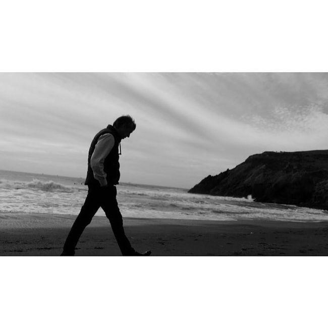 """The monotony and solitude of a quiet life stimulates the creative mind."" Albert Einstein Beach Beachlife Blackandwhite Cali Califorina California Love Horizon Over Water Horizont  Like4like One Man Only Phtography Picoftheday San Francisco SanFranciscoBay Sea Sky Wave"