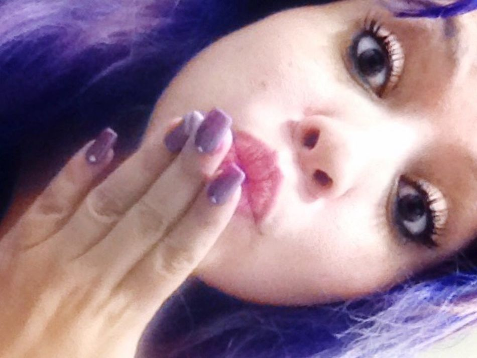 Peka Cure Funny Faces Funny Kisses❌⭕❌⭕ Close-up C'MON Closetome And KissMe 😚 Beautiful Woman Purple Hair Allyouneedislove 😚 Bigbrowneyes Expression