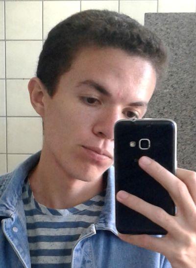 Selfie Ugly Face Ugly Boy
