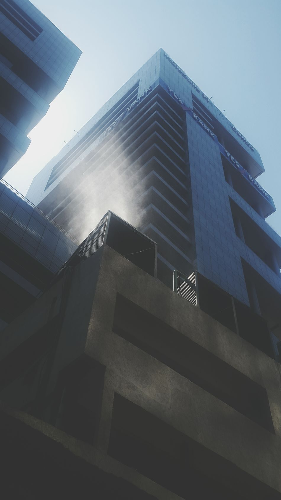 Building Airconditioner Compressor Water ComingOut Lowerparel Mumbai Samsung Galaxy S5 Photography Beingaman
