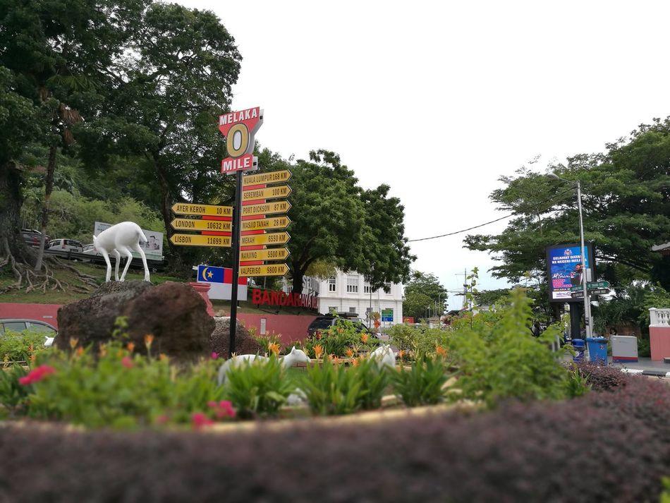 The start of a journey begins with zero mile. EyeEm Malacca Eyeemphoto Eyeem Malay AmyAmirah Melaka Melakaheritagecity Moments Of Life Day Outdoor Photography City Landscape