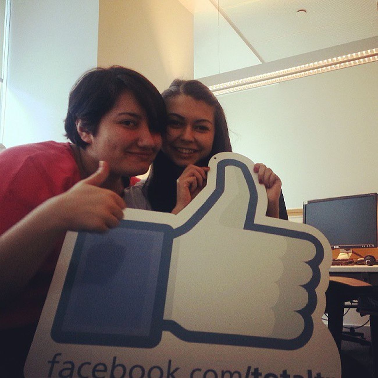 Facebook Like Total Totalturkiye love-like relationship ^^