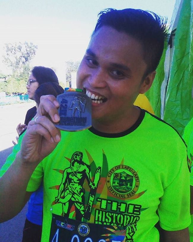 Virgin no more 6:50:19 (hr:mins:sec.) Of running, jogging and walking is not a joke nor funny my 1st ever full marathon (42K) but thank you God for the guidance and Strength to my wifey, to my biological Family and to my running Family Infinitearunners to all my friends who supported my craziness passion... I Love You Guys I really deserve this Selfie Runnerscommunity Runner wearetherunners marathon 42K philippines lapulapumarathon virginNoMore cebu rcrunneroftheweek