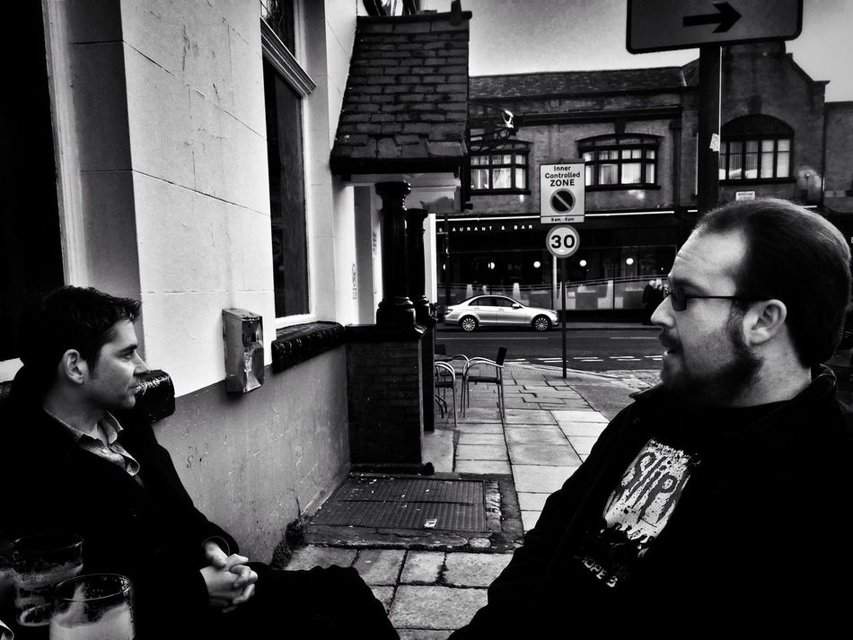 Beer talk... Hanging Out Friends Conversing Urban Liverpool My City Pub Good Beer