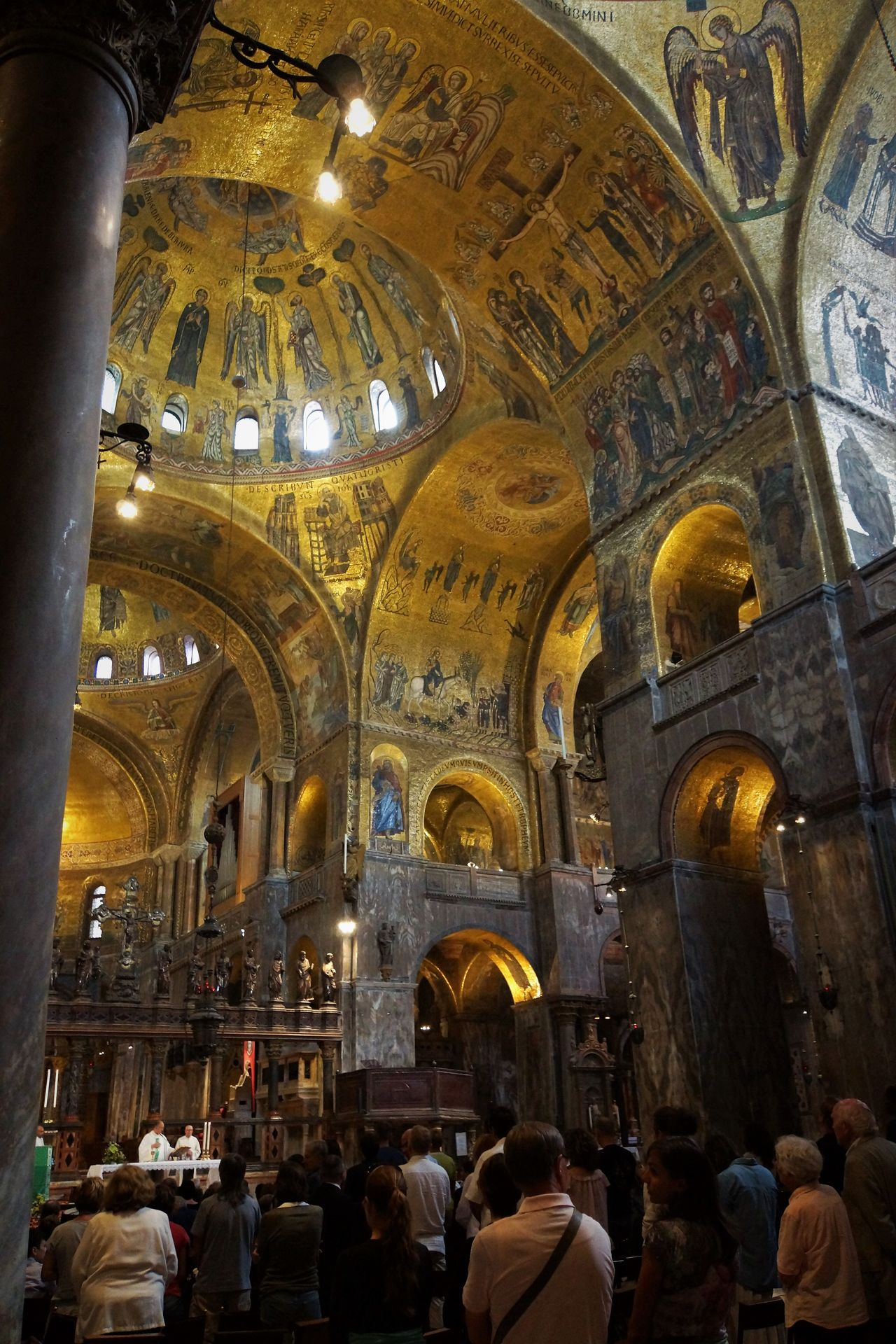 Chiesa de San Marco inside Arch Architecture Byzantinic Day Dogenpalast Golden Sunset Indoors  Large Group Of People Leisure Activity Mosaic People Place Of Worship Real People Religion Tourism Travel Destinations