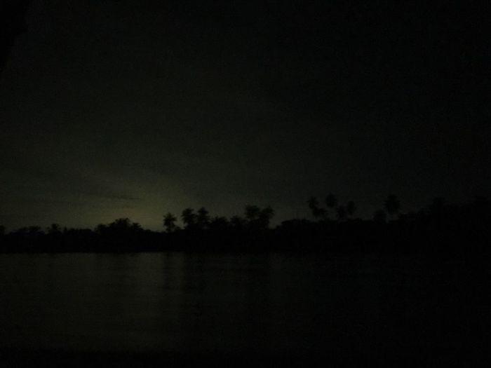 Dark Sky Ampawafloatingmarket