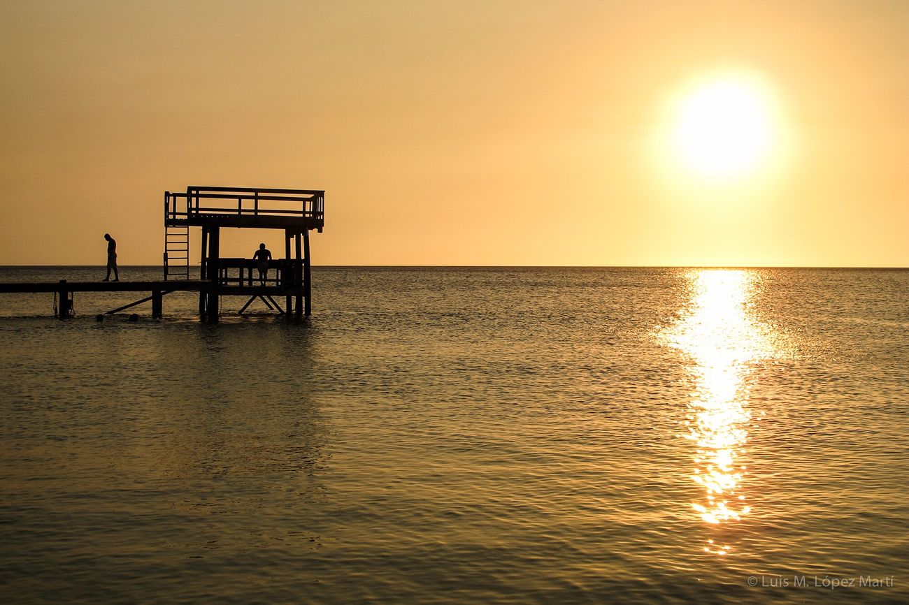 West Bay, Roatán Honduras Sunset Sea Sun Sky Sunlight Nature Travelphotography Traveling Travel Photography Photooftheday Photography Travel Destinations Life Life In Colors Colors Colorful Travel Nikon Color Color Photography