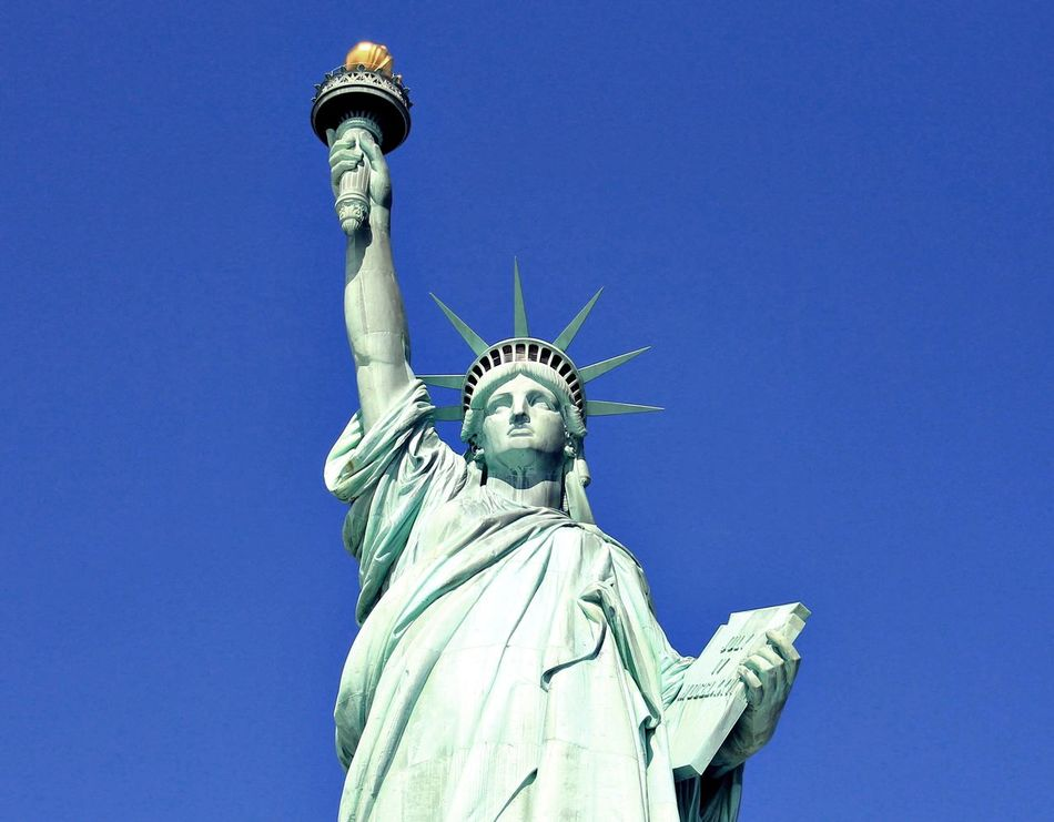 Beautiful stock photos of statue of liberty, Art, Art And Craft, Blue, Clear Sky