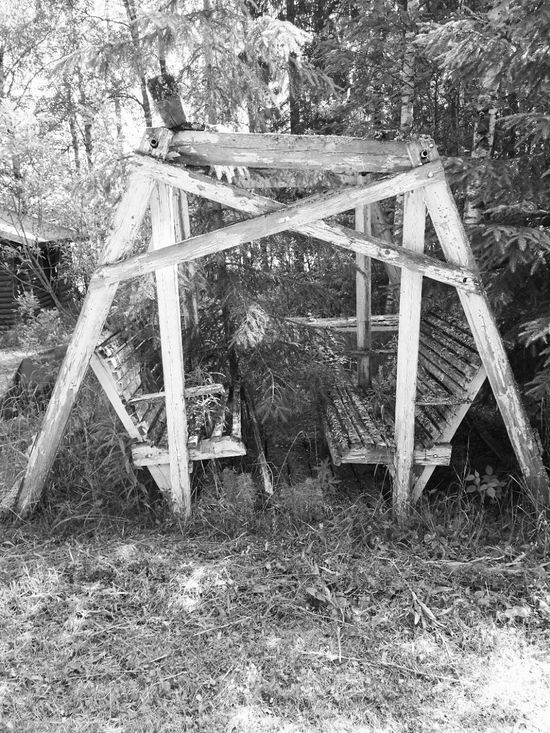 Old swing at granmothers summer cottage, with bw filter 😊 Day Outdoors No People Close-up Tree Nature Beauty In Nature Finnishboy Photooftheday Blackandwhite Photography Finnish Landscape Wooden Post Wood
