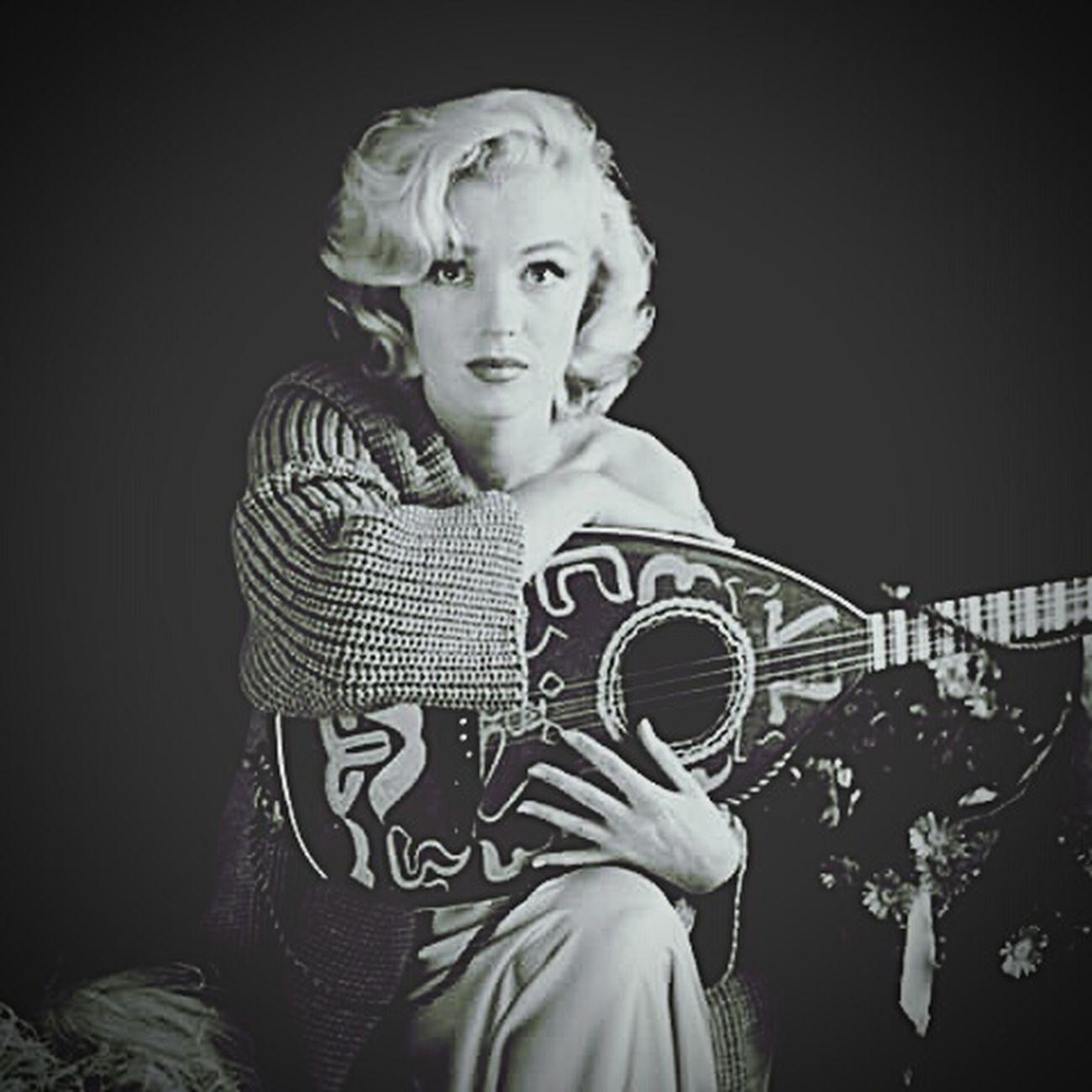 Mrs.Marilyn Monroe Marilyn Monroe Model Blackandwhite Vintage Modling Selfportrait