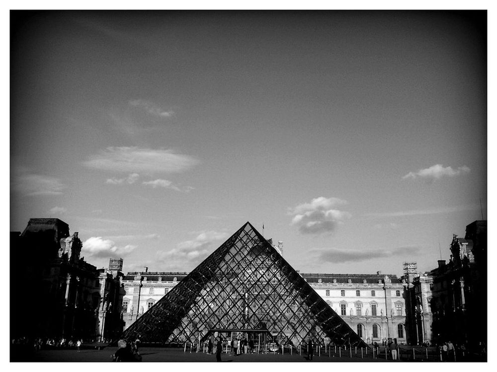 geometry in Paris by Fnarm